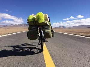藏区骑行60日~第44天「过5578米,搭藏族车,荒野寻扎日南木措」Riding in the Tibetan area for 60 days~The Forty-fourth days