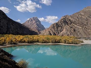 Landscape Photography: Lake Iskanderkul   风景摄影:伊斯坎德尔湖